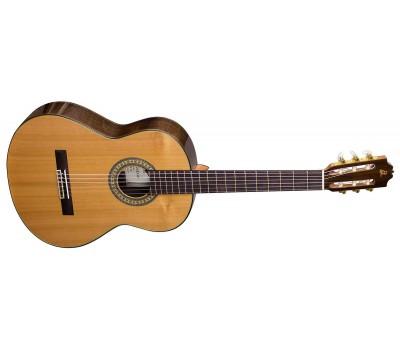 ADMIRA A18 Классическая гитара
