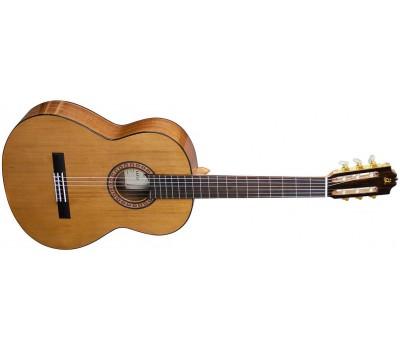ADMIRA A2 Классическая гитара